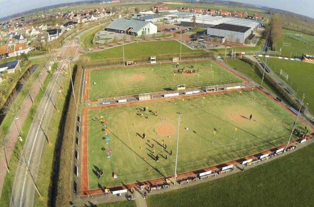Mooie filmbeelden vanuit de lucht van diverse oefenwedstrijden en clinics jeugd